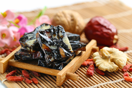 chinese wolfberry: Donkey hide gelatin