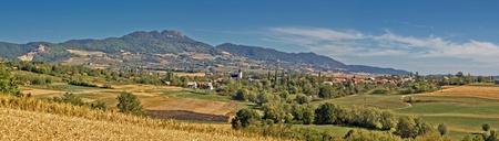 Amazing green natural scenery of Kalnik mountain, Croati, with village Dropkovec Stock Photo - 10761649