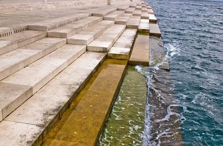 Zadar sea organs - musical instrument powered by the underwater sea stream Stockfoto