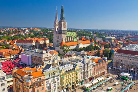 자그레브 메인 광장과 성당 공중보기, 크로아티아