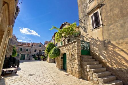 starigrad: Old stone streets of Stari Grad, Hvar island in Croatia