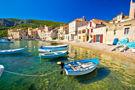 Playa Scenin en Koiza línea de costa, la isla de Vis, Croacia Foto de archivo - 48545241