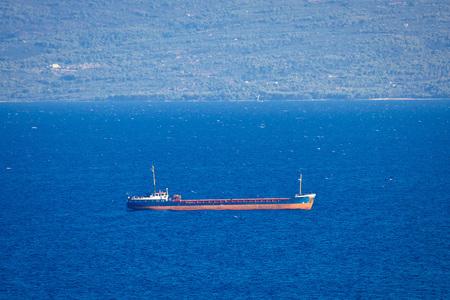 tanker ship: Oil tanker ship on sea view
