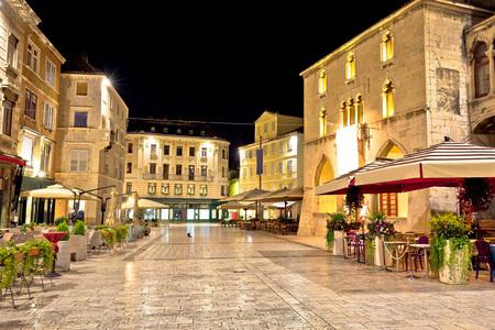 분할 야경 오래 된 광장, 달마 티아, 크로아티아