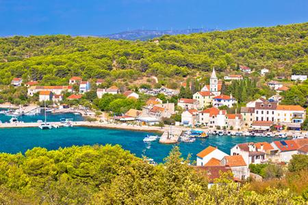 섬의 Zlarin 워터 프론트보기, Sibenik 산호 열도의 달마 티아, 크로아티아 스톡 콘텐츠
