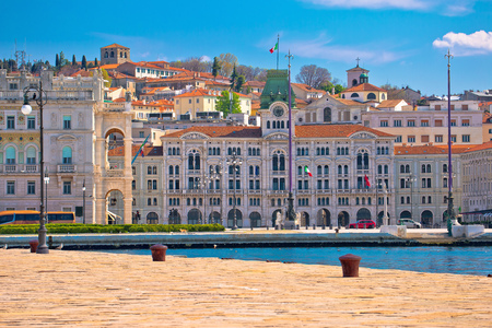 City of Trieste waterfront view, Friuli Venezia Giulia region of Italy 版權商用圖片 - 121935701