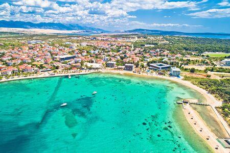 Town of Novalja beach and waterfront on Pag island aerial view, Dalmatia region of Croatia Standard-Bild