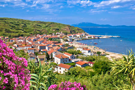 Sand island of Susak beach and coastline colorful nature view, Kvarner archipelago of Croatia 免版税图像