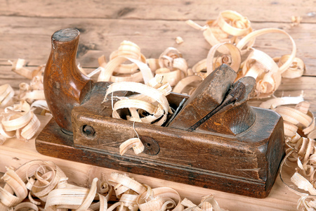 wood planer: old wood planer
