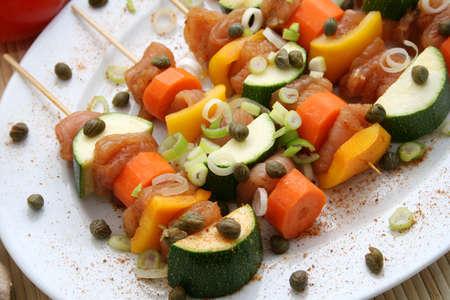 alcaparras: Carne y verduras Foto de archivo