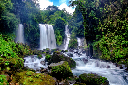 Beautiful waterfall in daylight, this is called Jenggala waterfall, located in Baturraden, Central Java, Indonesia Standard-Bild