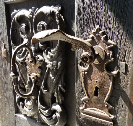 Detail of an old smithing without key       photo