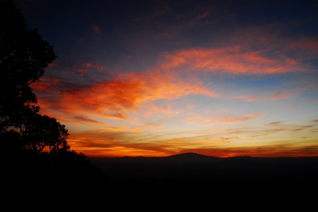 doi: Sunset at Doi Pui , Chaing Mai, Thailand