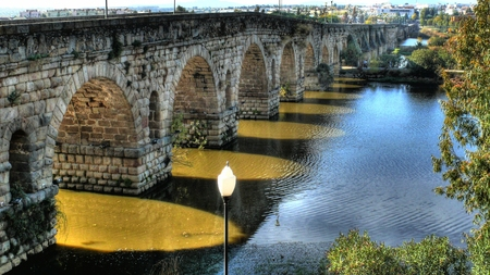 1st century: Roman bridge (1st century BC) over the Guadiana river (Spain) Stock Photo