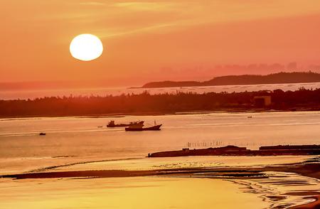 Sea sunset scenery