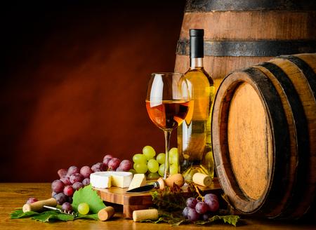 sauvignon: Still life with white Sauvignon blanc wine and grapes