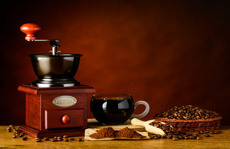 coffee grinder: Coffee Grinder with Cup, Roasted beans and ground