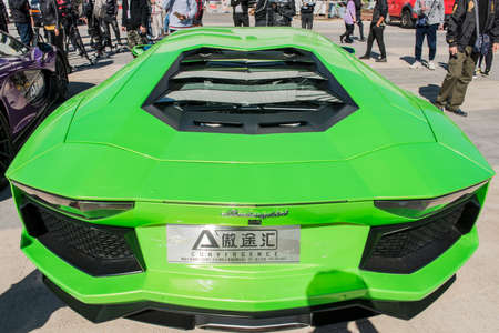 Tangshan, hebei province, China -- on October 10, 2018, the Beijing aotuhui company exhibited a variety of famous cars and motorcycles at an auto show in tangshan, hebei province. Редакционное