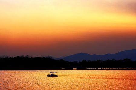 kunming: sunset of the Kunming Lake Stock Photo