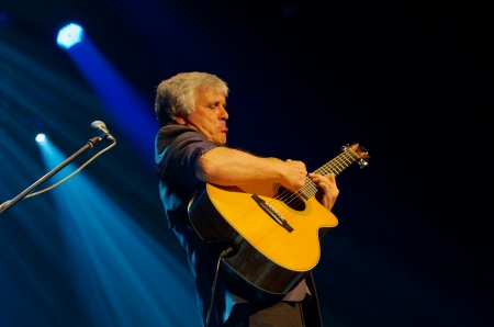 laurence: Laurence Juber, member of The Wings, during his Prague concert in Akropolis Palace
