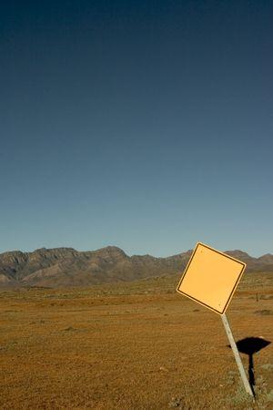 ranges: Bianche segnale stradale a Flinders Ranges National Park Archivio Fotografico