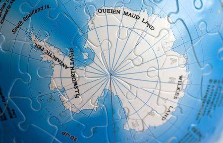 Close up on South pole photo