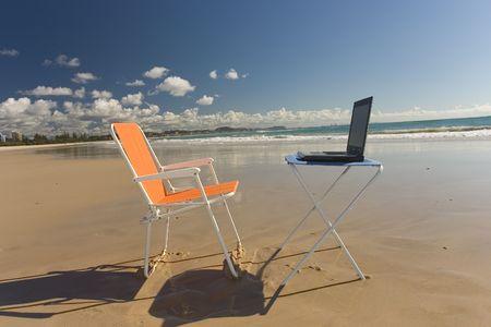 telecommuting: Outdoor Office shot at Goldcoast, Australia