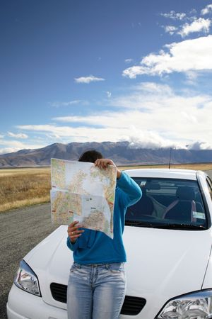 An Asian woman lost on the way to New Zealand photo