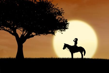 silueta ciclista: Caballo silueta de caballo al atardecer al lado del �rbol