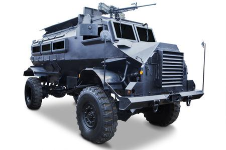 tanque de guerra: Detalle de cami�n tanque militar aislado en fondo blanco