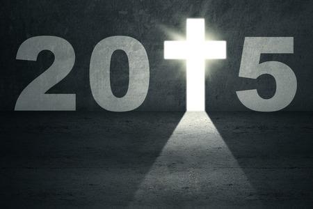 fede: Porta luminosa a forma di croce, che simboleggia la porta al futuro 2015