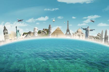 Afbeelding van beroemde bezienswaardigheden van de wereld samen op de zee. Concept van reizen naar de wereld