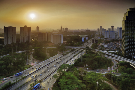 자카르타, 인도네시아에서 새로운 Semanggi 고속도로 인터체인지의 새보기