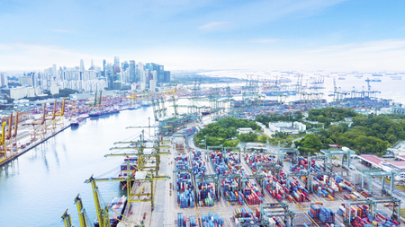 Singapore. November 06, 2017: Beautiful aerial view of container harbour in Singapore with stacks of container and crane Banque d'images
