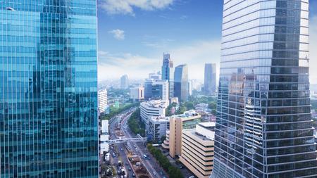 Jakarta, Indonesië. 12 maart 2018: Luchtfoto van moderne kantoorgebouwen in het Central Business District van Jakarta, nabij Kuningan Road