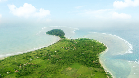 Beautiful aerial landscape of Ujung Genteng beach from a drone at Sukabumi, West Java, Indonesia Zdjęcie Seryjne