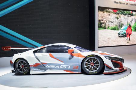 Jakarta, Indonesië. 2 mei 2018: NSX GT3-racewagen tentoongesteld op de Indonesia International Motor Show 2018