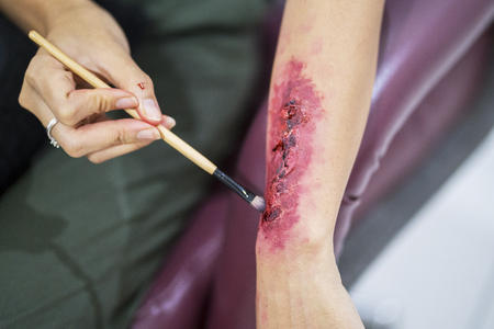 Special effects makeup: make a fake wound on hand