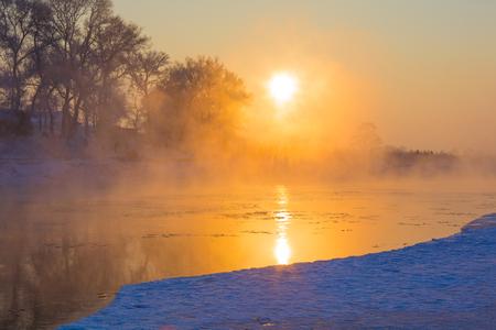 Songhua-rivier in de winter Stockfoto