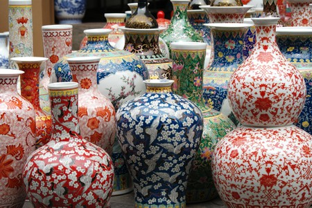 antique vase: Assortment of porcelain, the Chinese market Stock Photo