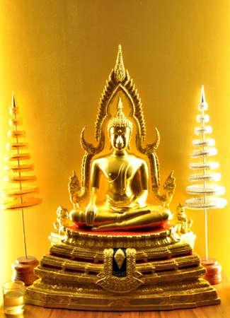 thai dancing: buddha Stock Photo