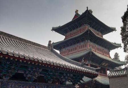 Luoyang, Henan / China- 20 de enero de 2019: el templo de Shaolin es uno de los templos de Buda. Es uno de los lugares famosos de China. Está ubicado en la montaña Songshan (especialmente el nombre).