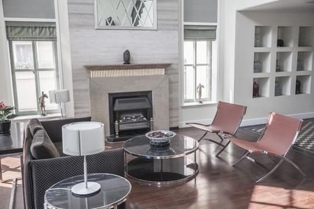 modern living: Bright, airy, modern, living room. LANG_EVOIMAGES