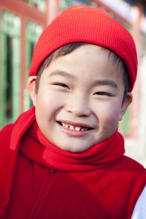 niños vistiendose: Retrato de joven