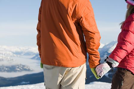 narciarz: Skier couple Zdjęcie Seryjne