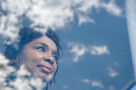 hombres negros: Retrato de una mujer