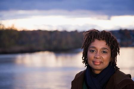 persone nere: Ritratto di una donna di alti