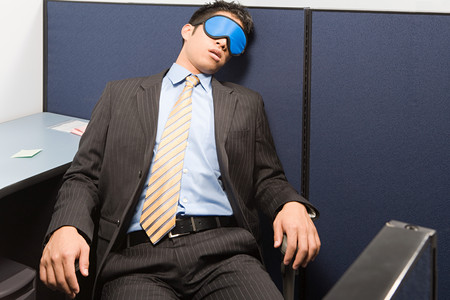 cansancio: El hombre de negocios de dormir