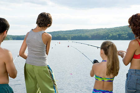 tween boy: Family fishing