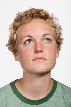 cabeza de mujer: Retrato de joven mujer de raza blanca Foto de archivo